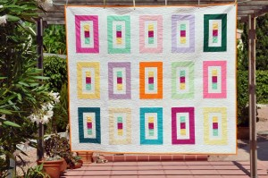'Floating colours 15' throw quilt