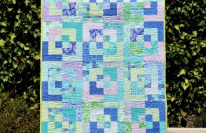 'Waves on horizon' baby quilt